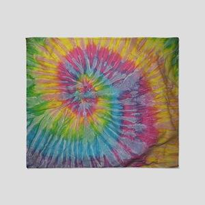 rainbow aura twirl tiedye pattern Throw Blanket