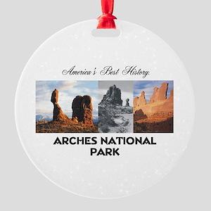 ABH Arches Round Ornament