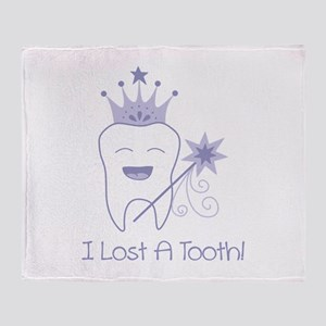 I Lost A Tooth! Throw Blanket