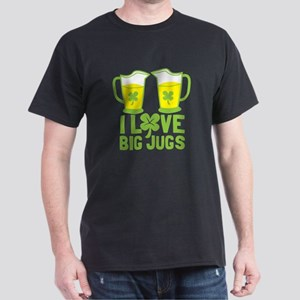I LOVE BIG JUGS with green shamrock beers T-Shirt