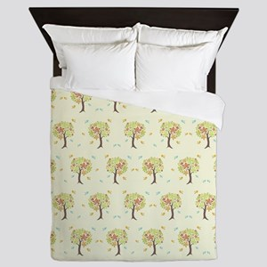 Pattern of trees and birds Queen Duvet