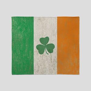 Vintage Irish Shamrock Flag Throw Blanket