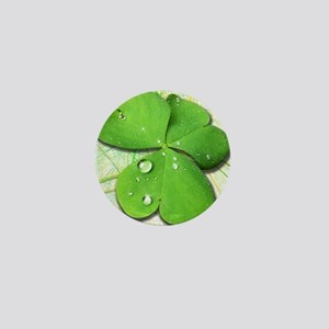 Green Shamrock with Dew Mini Button