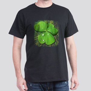 Green Shamrock with Dew T-Shirt