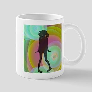 retro dancing girl green Mugs