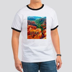 Hoodoos in Bryce Canyon National Park UTAH T-Shirt