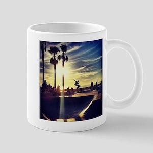 CALI SKATE Mugs