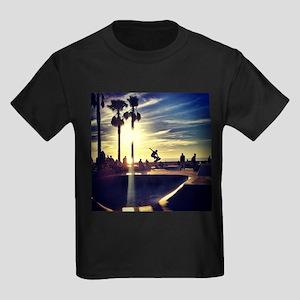 CALI SKATE T-Shirt