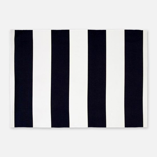 Classic Black 5'x7'Area Rug