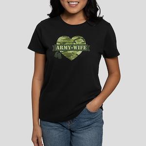 Camo Heart Army Wife Women's Dark T-Shirt