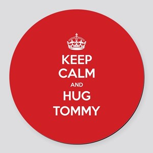 Hug Tommy Round Car Magnet