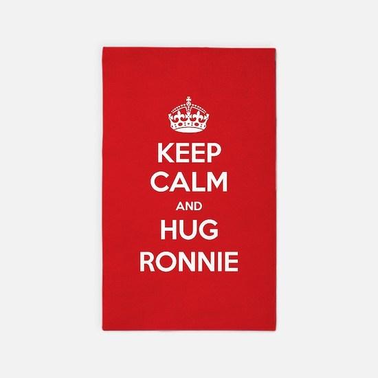 Hug Ronnie 3'x5' Area Rug