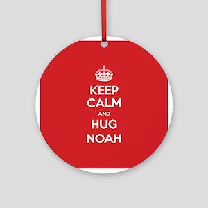 Hug Noah Ornament (Round)