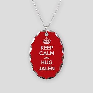 Hug Jalen Necklace
