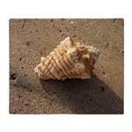 Conch Shell (Color) Throw Blanket