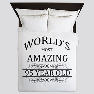 World's Most Amazing 95 Year Old Queen Duvet