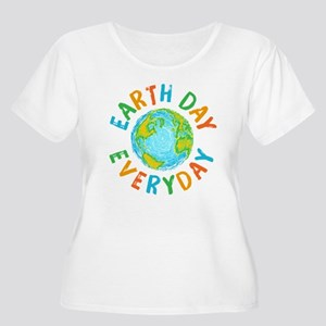 Earth Day Eve Women's Plus Size Scoop Neck T-Shirt