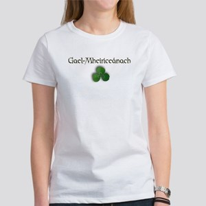 Irish-American (in Gaelic) Women's T-Shirt