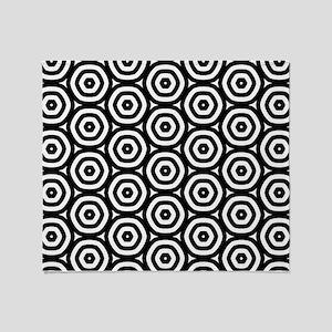 Circle Pattern Throw Blanket
