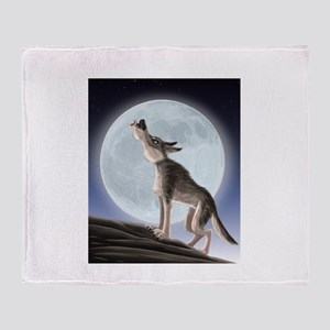 Howling at the moon Throw Blanket