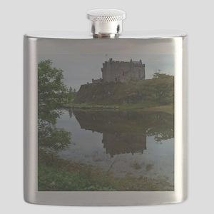 Pretty Dunvegan Castle Flask