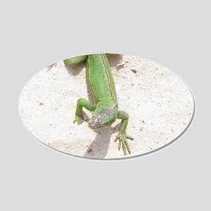 Sandy Beach Lizard 20x12 Oval Wall Decal