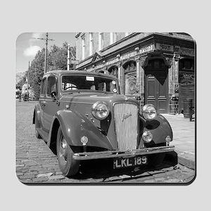 Classic car and English Pub scene Mousepad
