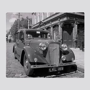 Classic car and English Pub scene Throw Blanket
