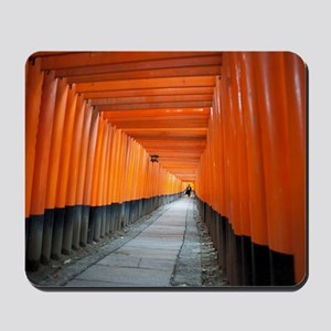 red torii gates Mousepad