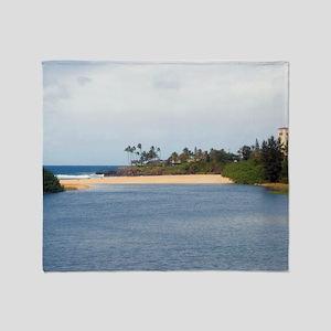 waimea beach park sands Throw Blanket