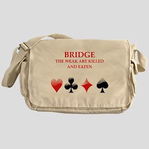 32 Messenger Bag