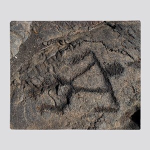 Puu Loa Petroglyph Throw Blanket