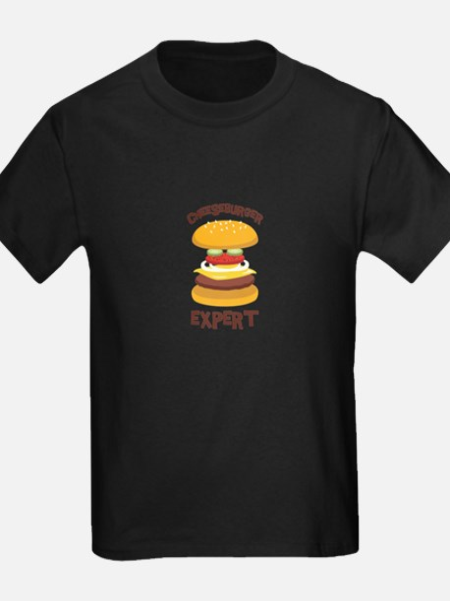CHEESEBURGER EXPERT T-Shirt