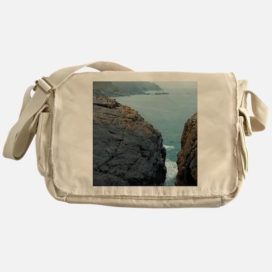 The mining coastline of Cornwall Messenger Bag