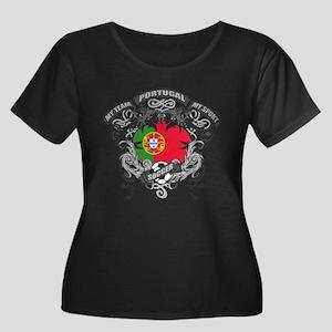 Portugal Women's Plus Size Scoop Neck Dark T-Shirt