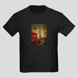 london landmark red telephone booth T-Shirt