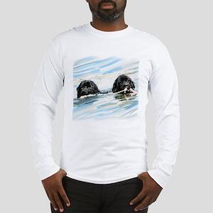 newfies swimming Long Sleeve T-Shirt