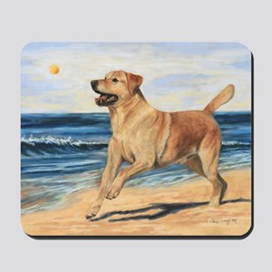 Lab on Beach Mousepad