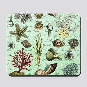 modern vintage french seashells Mousepad