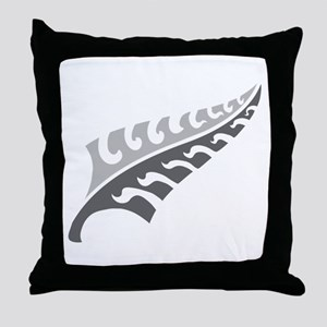 Tattoo silver fern (New Zealand kiwi emblem) Throw