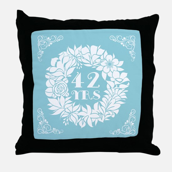 42nd Anniversary Wreath Throw Pillow