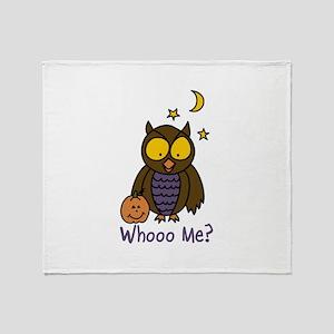 Whooo Me? Throw Blanket