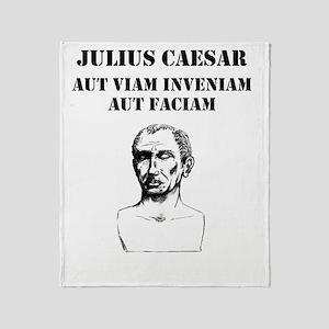 Julius Caesar - Motto 1 Throw Blanket