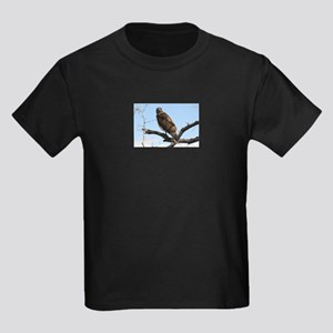 Red-tailed Hawk on tree T-Shirt