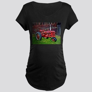 Red Tractor HDR Style Maternity T-Shirt