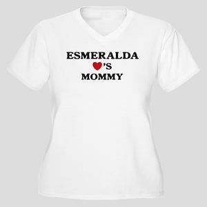 Esmeralda loves mommy Women's Plus Size V-Neck T-S