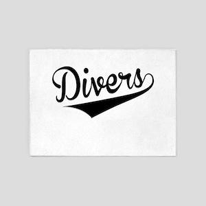 Divers, Retro, 5'x7'Area Rug