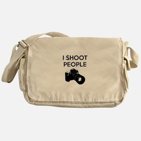 I shoot people - photography Messenger Bag