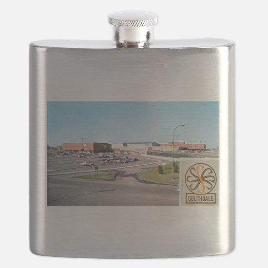 Southdale Edina Minnesota 1950s.jpg Flask