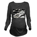 Flow Long Sleeve Maternity T-Shirt
